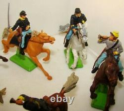6 Plastic Toy Soldiers BRITAINS Deetail Civil War Riders & Horses + 45 Infantry