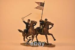 American Civil War 54mm Miniatures Union Captain and Guidon W BRITAIN #17371