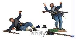 B31233 W. Britain Down and Out 2 Piece Set American Civil War