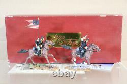 BRITAINS 17371 AMERICAN CIVIL WAR CAVALRY UNION CAPTAIN and GUIDON BEARER nz