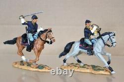 BRITAINS 17399 AMERICAN CIVIL WAR 1st CAVALR UNION BUGLER & SERGEANT CHARGING nv