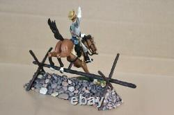 BRITAINS 17564 AMERICAN CIVIL WAR PRIVATE 1st VIRGINIA CAVALRY JUMPING FENCE
