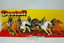 BRITAINS Deetail CIVIL WAR 5 UNION CAVALRY HORSE Riding SOLDIERS with Weapons