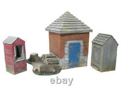 Britains #17681 American Civil War Smokehouse, Well, Outhouse, Woodpile, 4pc 54mm