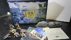 Britains BOXED US Civil War 20th Maine and 15th Alabama No 17435