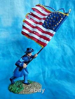 CONTE COLLECTIBLES American Civil War #ACW57114 Iron brigade off. Flag bearer