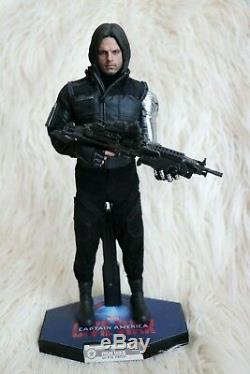 Excellent Condition Hot Toys Bucky Barnes Winter Soldier Civil War MMS351