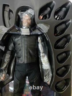 Hot Toys 1/6 Captain America Civil War Winter Soldier Bucky Barnes MMS 351