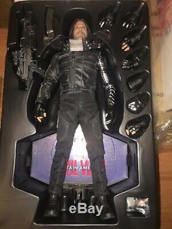 Hot Toys Civil War Winter Soldier 1/6 Figure MIB