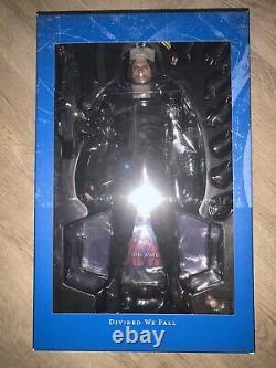 Hot Toys Sideshow Marvel Captain America Civil War Winter Soldier