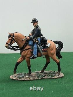 King And Country Acw American CIVIL War Mounted Union Holding Rifle