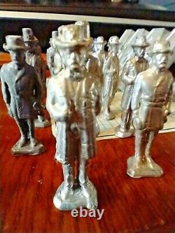 Lead Soldier Mold + 32 Civil War Grant Lee & Lincoln Figures some painted