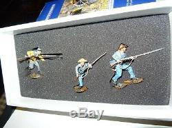 The Collectors Showcase- American Civil War Series CS00401-5th Texas Advancing